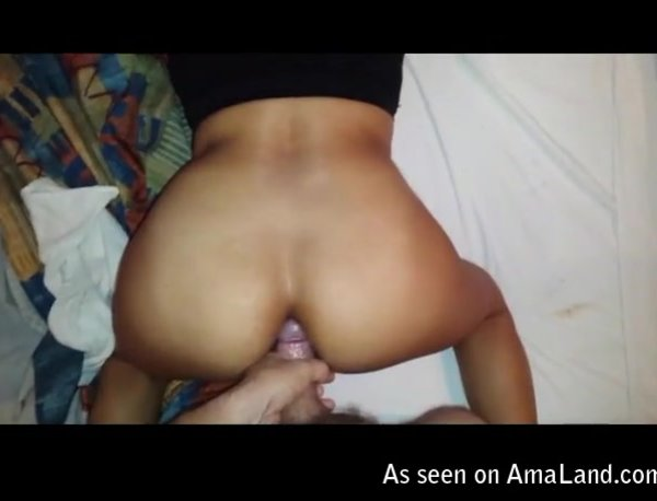 latina chick creampied in her asshole