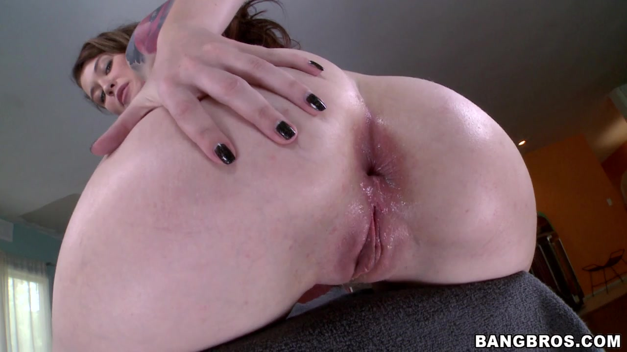 Suck A Perfect Meaty Pussy!