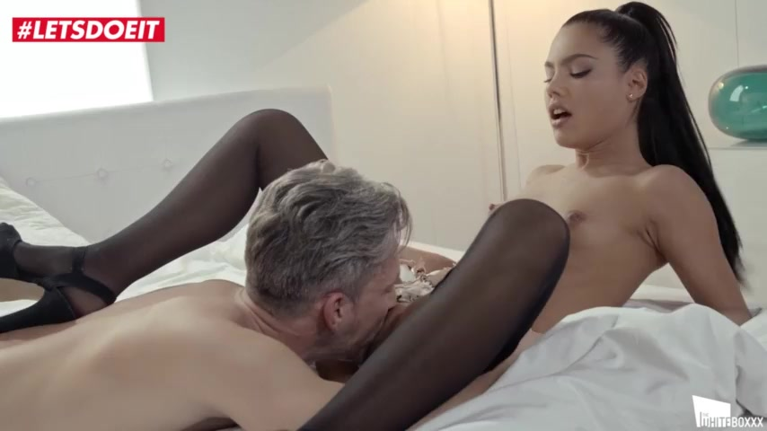 LETSDOEIT - Hot Brunete Apolonia Lapiedra Squirts For The First Time On Tape (Lucky Lutro)